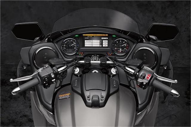 Gagahnya-Yamaha-Star-Venture-9