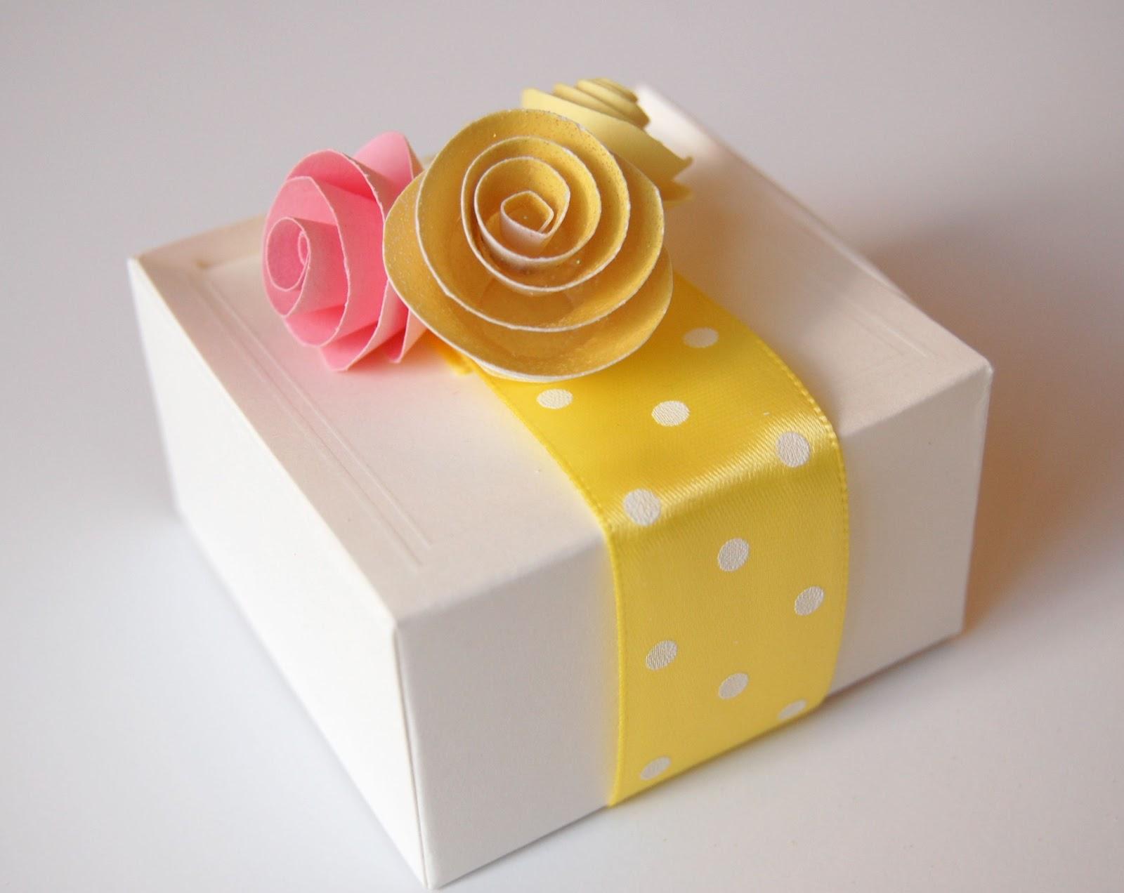 Paper Roses Tutorials