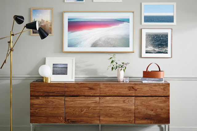 The Frame is Samsung's proposal to integrate television into the living room decoration