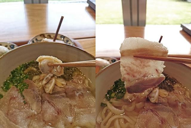 みやんち沖縄そばのあさりとバラ肉の写真