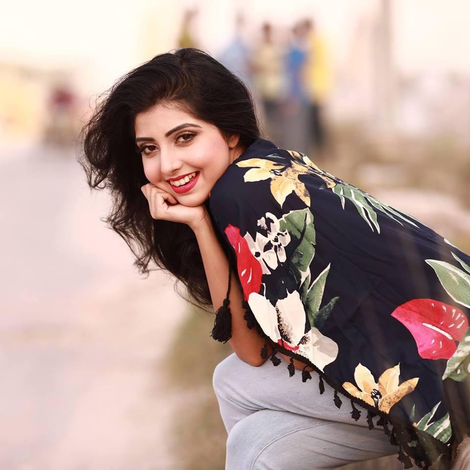Porshi - Bangladeshi Singer  Photos 7
