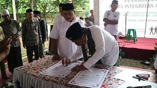 Pasangan Subroto dan Nur Yahman Berjanji Tidak Lakukan Korupsi