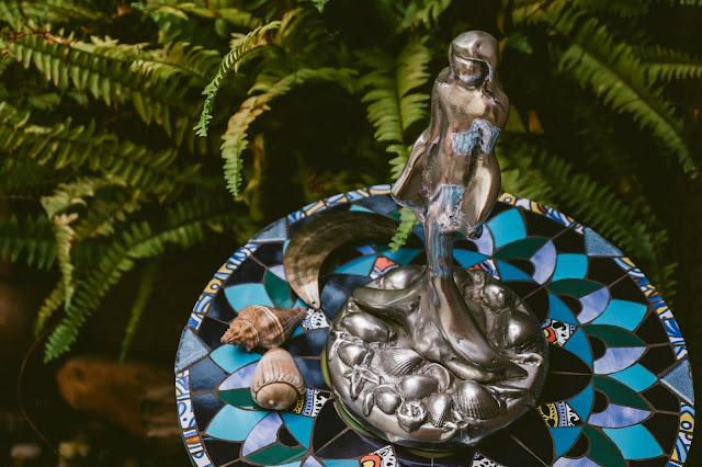 escultura de iemanjá em alumínio fundido