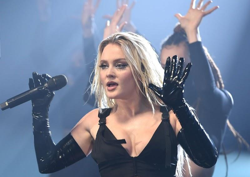 Zara Larsson Clicks at MTV European Music Awards 2020 in London 8 Nov-2020