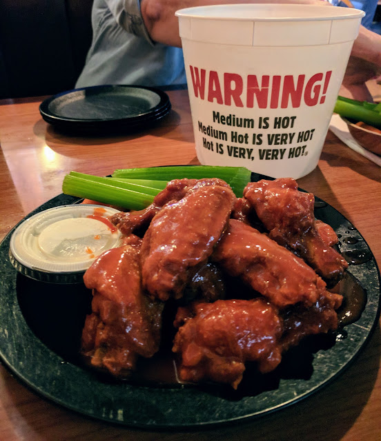 Duff's famous hot wings