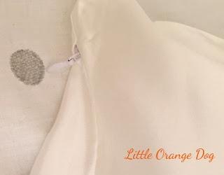 Calidad Silk Pillowcase - Zip Fastening