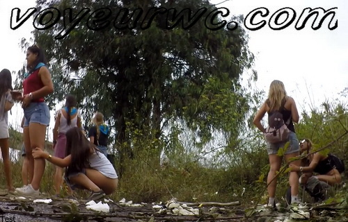 Girls Gotta Go 223 (Voyeur pee videos - Drunk spanish chicks peeing in public at festival)