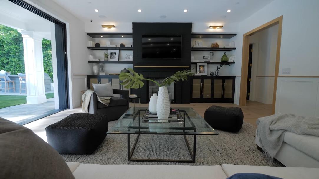 32 Interior Design Photos vs. 1025 N Bundy Dr, Los Angeles, CA Luxury Home Tour