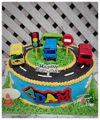 Lavanya Cake Spesialis Rainbow Cake Batam, Chocolate Cake Batam, Fruit Cake Batam, Fondant Cake Batam, Edible Cake Batam,  Birthday Cake Batam, Anniversary Cake Batam, Wedding Cake Batam, Cup Cake Batam & Kue Ulang Tahun Batam.