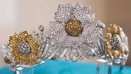floral tiara yellow diamond queen farida egypt