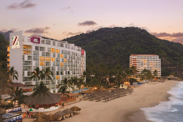 Escape to the Hyatt Ziva Puerto Vallarta all-inclusive resort, set along a private cove with swim-up suites, authentic Mexican cuisine and more. Book now.