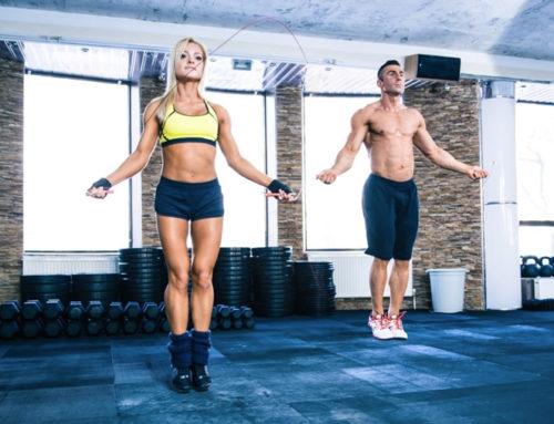 Les exercices de corde à sauter pour brûler la graisse en 2 semaines