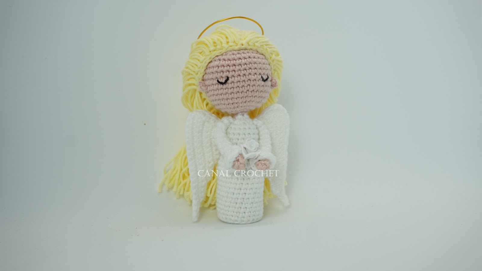 Crochet Amigurumi Doll Angel - Free Patterns #freecrochetpatterns ... | 899x1600