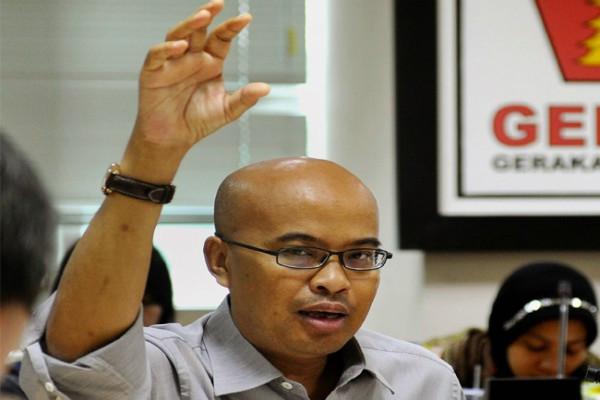 Desmond Gerindra: Hampir Semua Jabatan Wiranto Punya Catatan Buruk