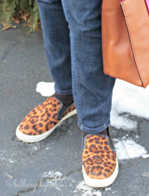 Leopard Print Sneakers Styled with Skinny Jeans for a Casual Look