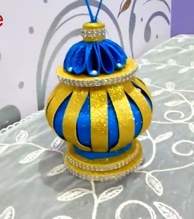 فانوس رمضان بزجاجة بلاستيك