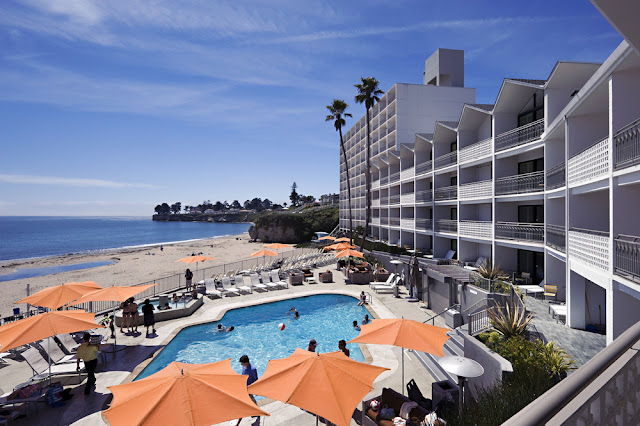 Dream Inn Santa Cruz is the only beachfront resort offering oceanside dining with panoramic views of the famous Cowell Beach. Book an experience today.