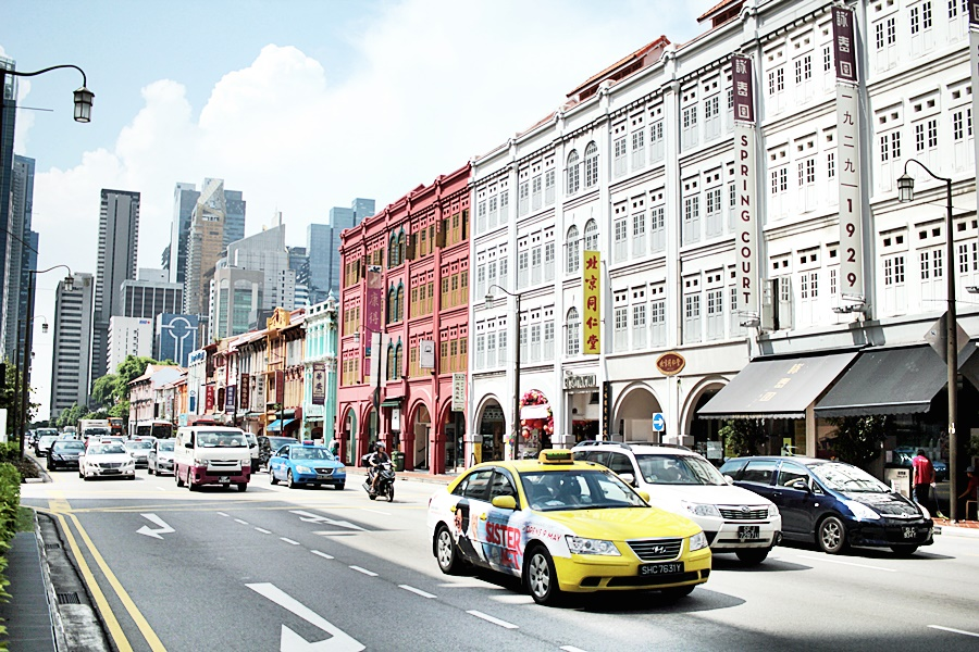 cars streets singapore