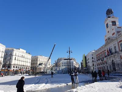 La Puerta del Sol nevada en Madrid