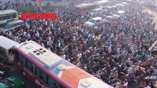 Nếu không có các biện pháp quản lý kịp thời thì ùn tắc, ô nhiễm tại Hà Nội