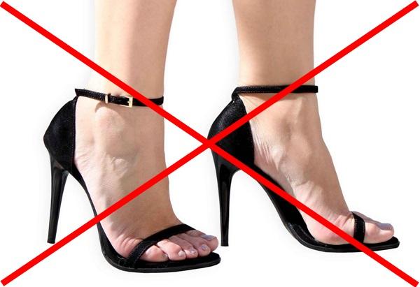 Gordinhas e Baixinhas Evitem Sandálias de Tiras