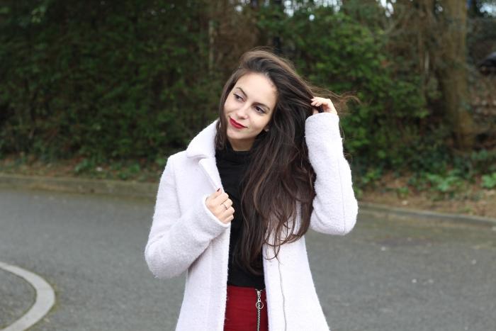 Red skirt a line zip rimmel lipstick kate moss 107 smells weird review