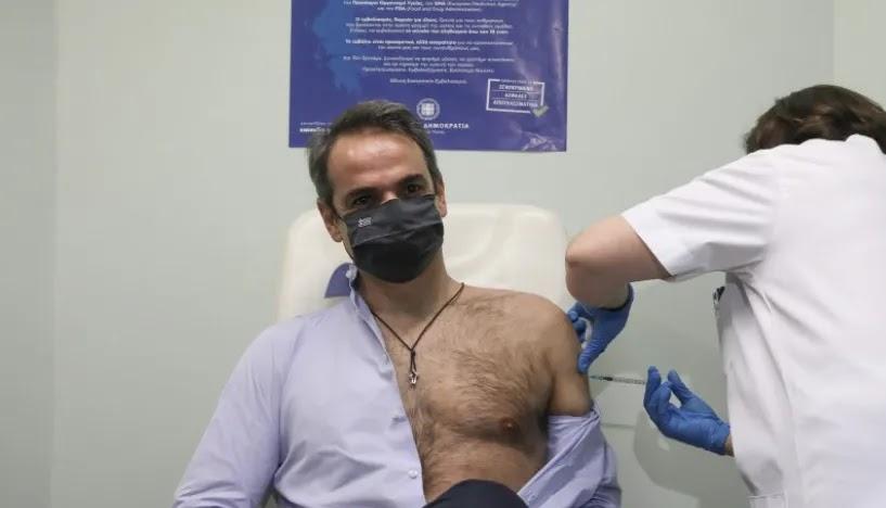 O Μητσοτάκης  ενημερώνει οτι άνοιξαν τα ραντεβού   για τις ηλικίες 25-29  «με όλα τα εμβόλια»   διαλεχτέ!