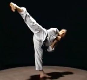 Jenis Tendangan Taekwondo Lengkap | Zonapelatih