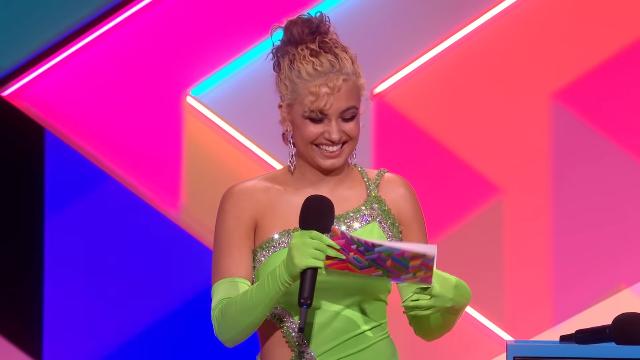 Dua Lipa wins Female Solo Artist | The BRIT Awards 2021