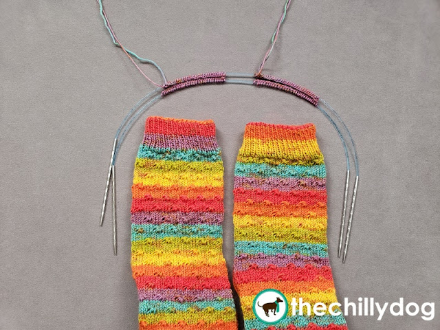 Knitting Tutorial: Learn how to cast on two at a time socks from the top down