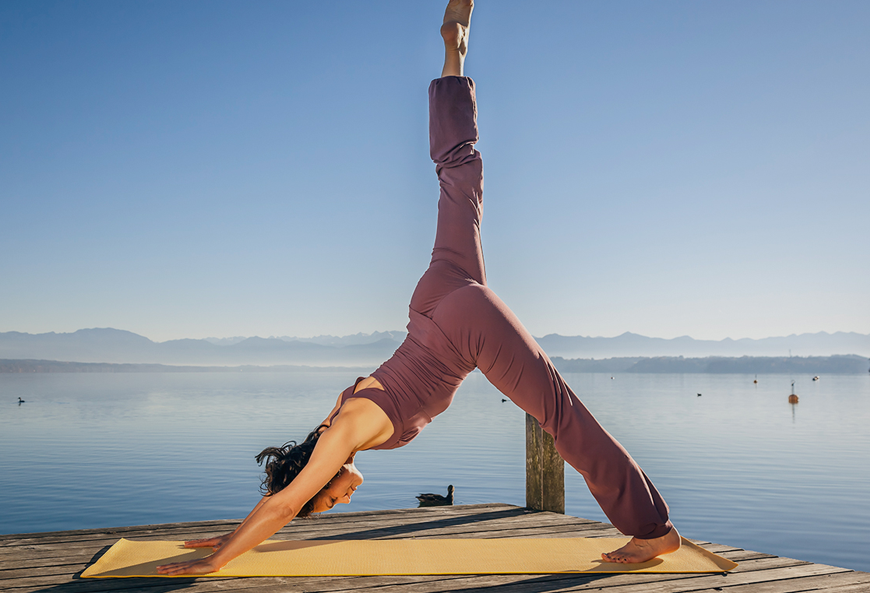 16 dung cu tap yoga cho nguoi moi bat dau