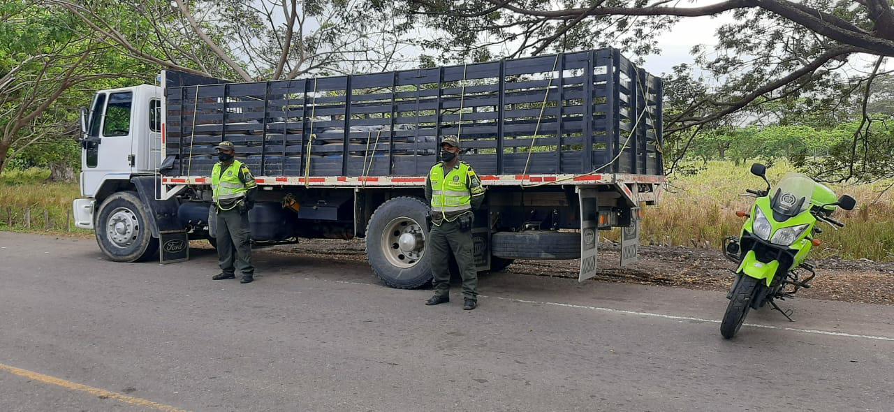 https://www.notasrosas.com/'Por Una Semana Santa Segura y Con Autocuidado', Policía Nacional trabaja en vías de La Guajira