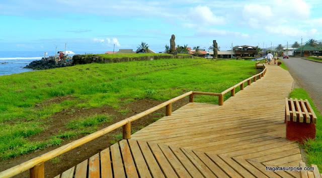 Ilha de Páscoa - Ahu Tautira, no centro de Hanga Roa