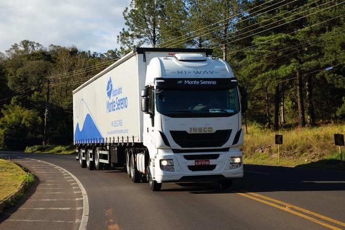 Rodoviário Monte Sereno abre vagas para motoristas em operação com sider