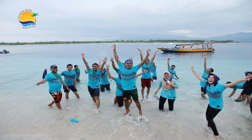 Paket Tour Mengunjungi Objek Wisata Gili Trawangan 1 Hari