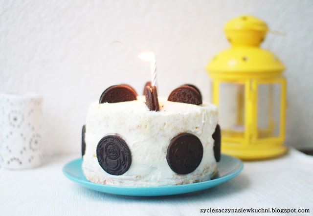 Śmietanowy tort z ciasteczkami Oreo