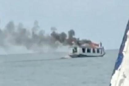Kapal penumpang terbakar di laut Makasaar,tak ada korban jiwa