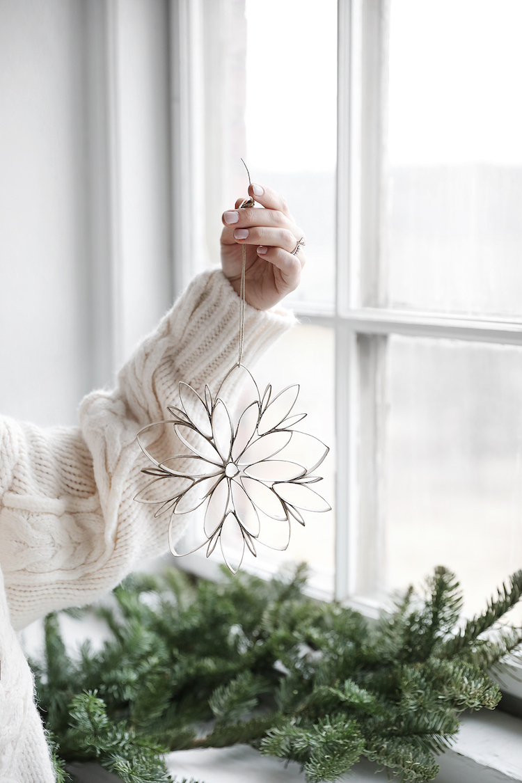 This Year's DIY Christmas Decoration (Made From Toilet Paper Rolls!)