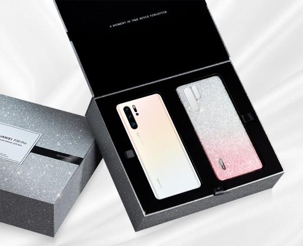 Huawei تقدم غطاء Swarovski الواقي مع الهاتف Huawei P30 Pro بمناسبة عيد الأضحى المبارك