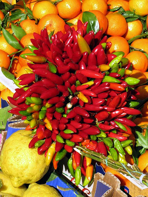 Hot peppers from Calabria, food fair, piazza XX Settembre, Livorno
