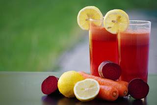 Sepuluh Minuman Energi Alami Buatan Sendiri