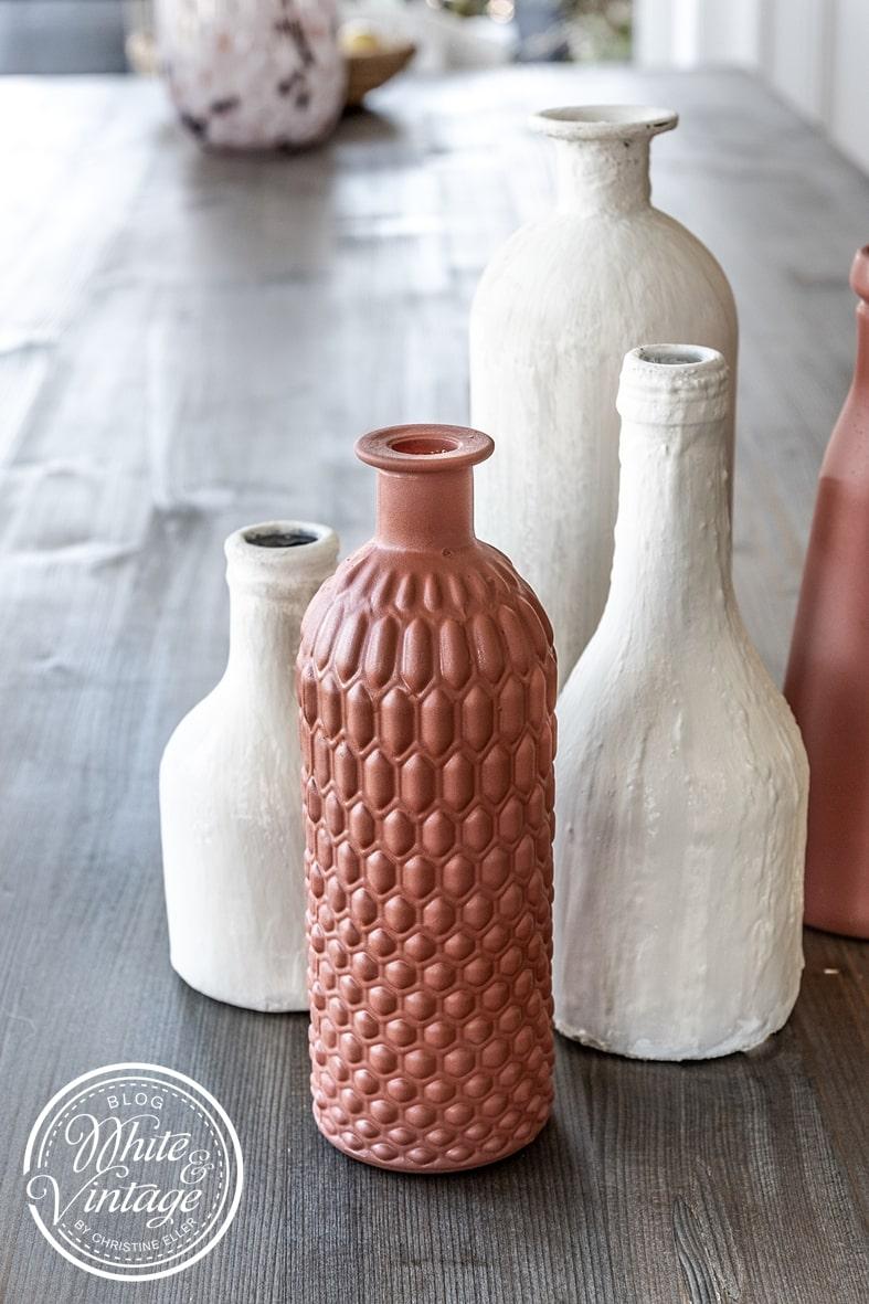 DIY-Terrakottadeko Vasen im Keramik-Look selbermachen