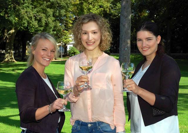 Naheweinmajestäten 2016/2017 (v. l.) Katharina Staab, Julia Peitz, Silvia Orth