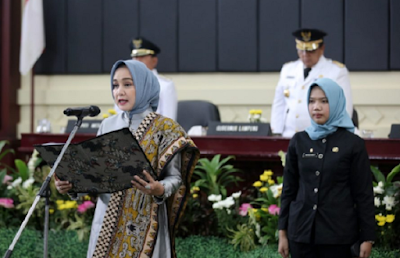 Ibu Riana Arinal Lantik Neliwati Saply sebagai Ketua TP PKK dan Ketua Dekranasda Kabupaten Mesuji