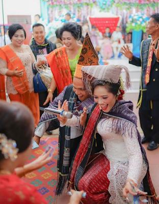 Tradisi Budaya Batak Dalam Pernikahan Yang Harus Kamu Ketahui
