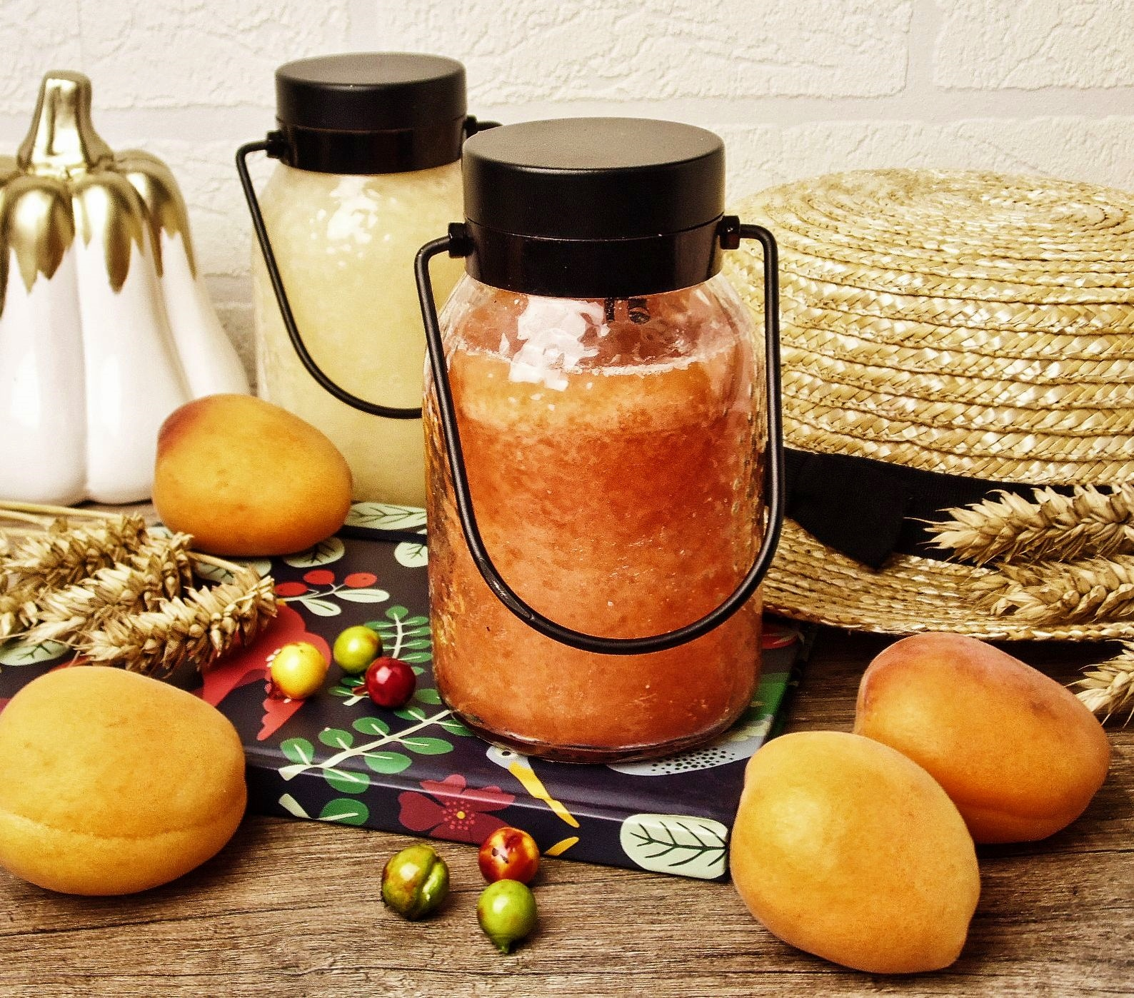 Pierwsze zetknięcie z marką Cheerful Candle - Juicy Peach w wersi Lantern