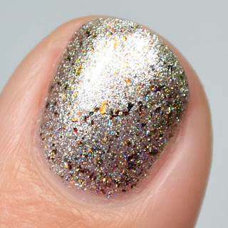 silver chrome holographic nail polish
