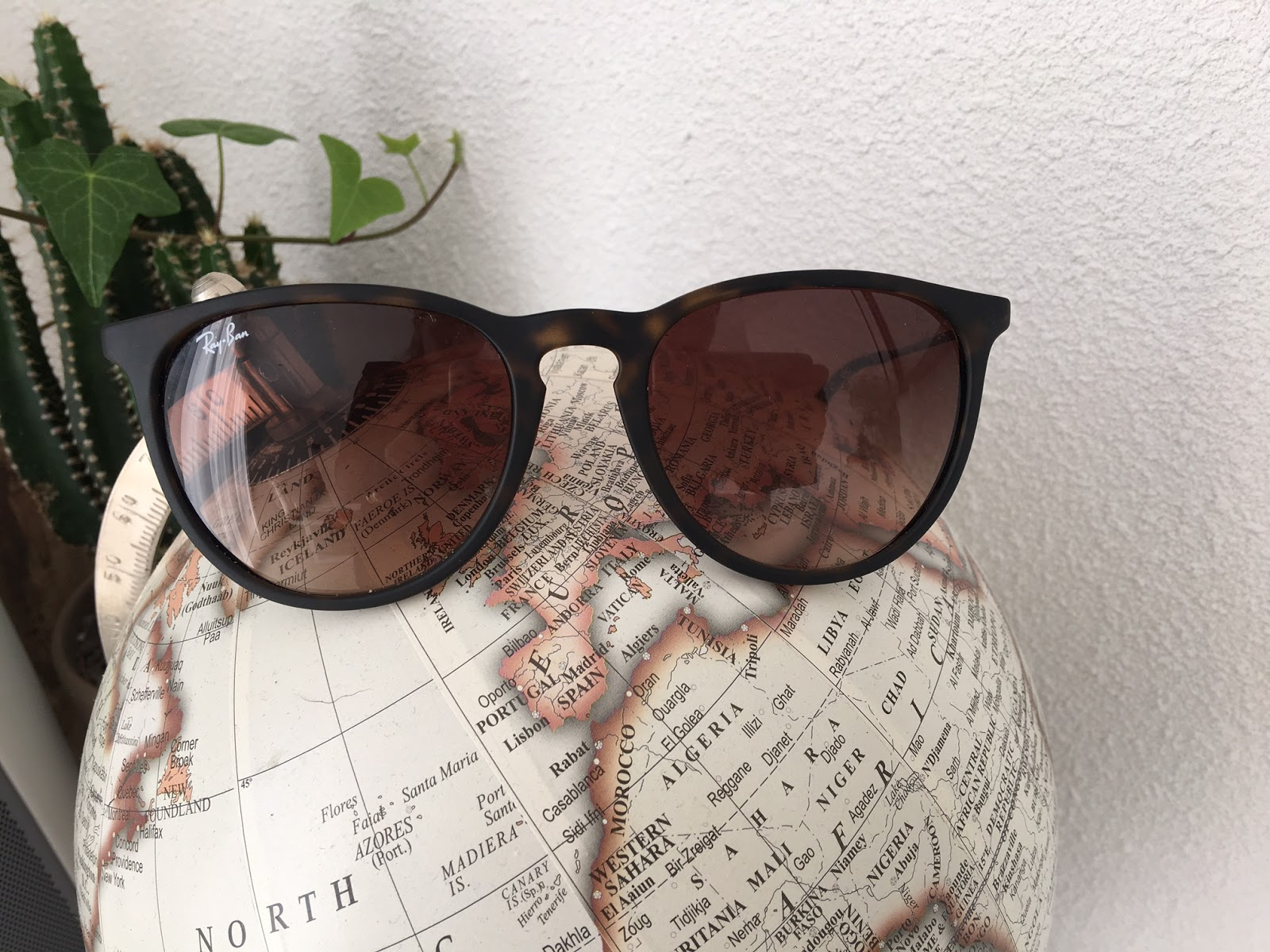 5e52667c624 Ben je nog op zoek naar een mooie zonnebril voor de zomer? Dan kan ik je  zeker de webshop van Brandfield aanraden!