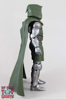 Marvel Legends Doctor Doom 05