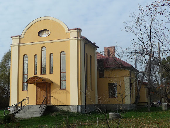 Храм біля села Руда
